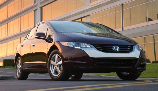 General Motors and Honda Team Up in Fuel-Cell Technology