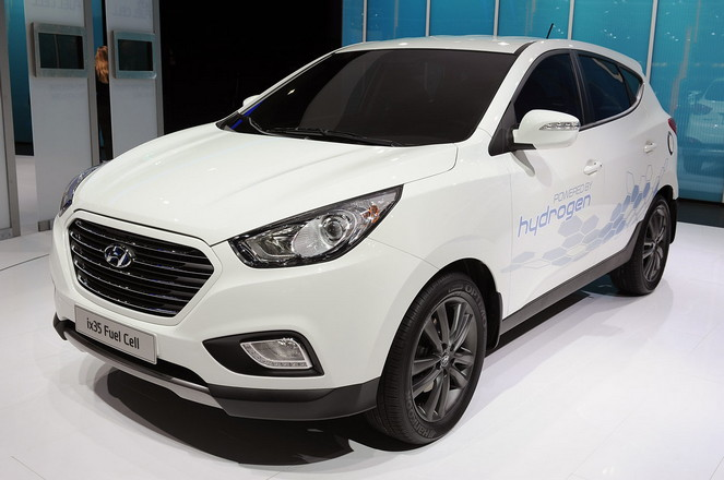 Hyundai ще започне масово производство ix35 Fuel Cell Electric Vehicle